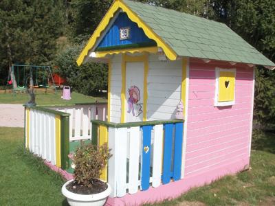 vrtna hiša za otroke